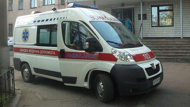 На Луганщині голові окружної виборчої комісії вибили око