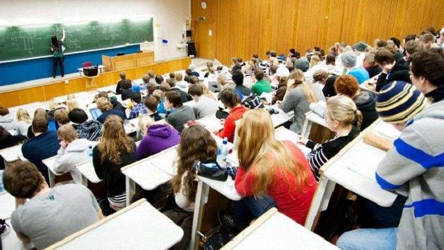 Уряд збільшить на 12,3% держзамовлення на навчання у вищих навчальних закладах