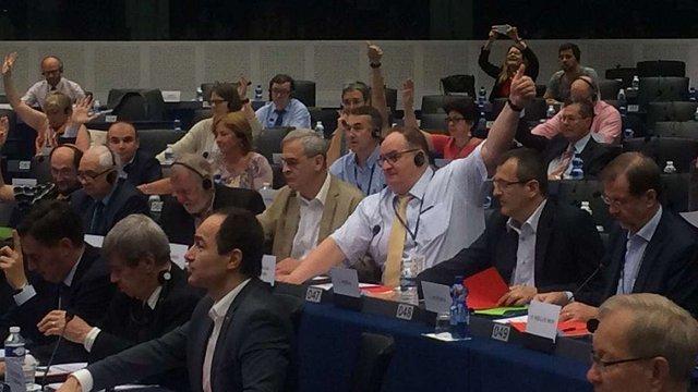 Депутати Європарламенту схвалили рекомендацію прискорити надання безвізового режиму Україні