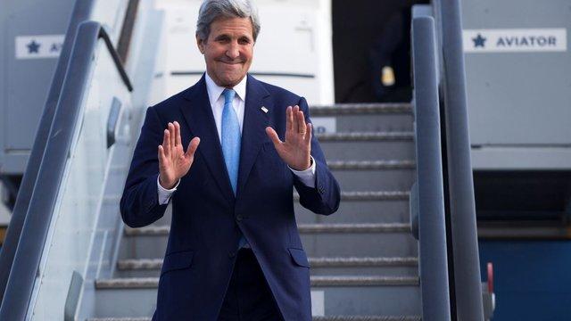 Керрі після розмови з Порошенком:  до членства України в НАТО «ще довгий шлях»