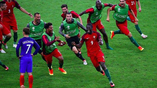 Португалія вперше в історії стала чемпіоном Європи з футболу