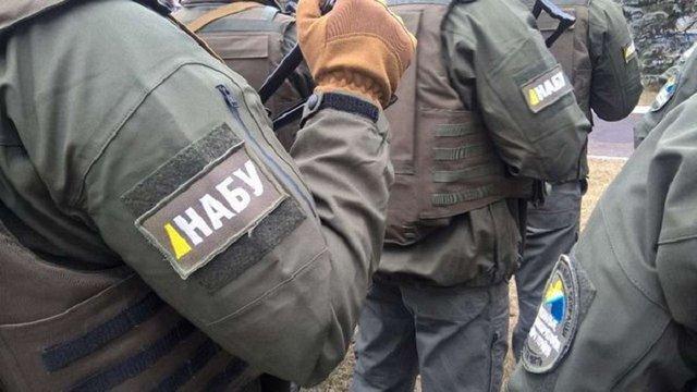 ФБР почало тренувати спецназ Національного антикорупційного бюро