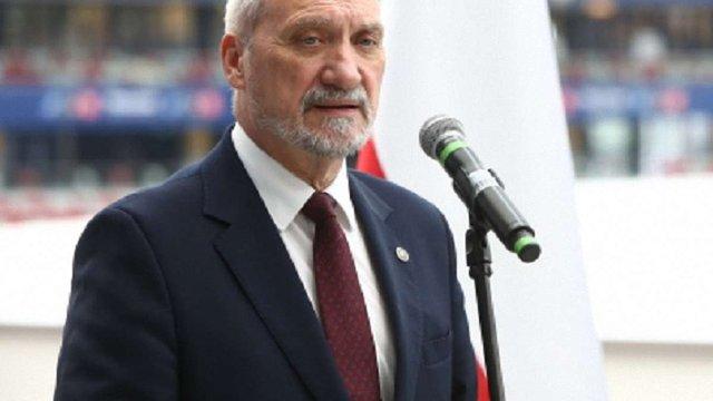 Міністр оборони Польщі назвав Росію відповідальною за Волинську трагедію