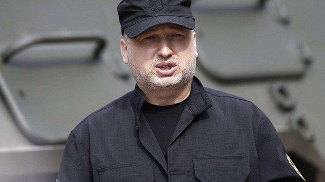 Турчинов виїхав на передову через загострення ситуації в зоні АТО
