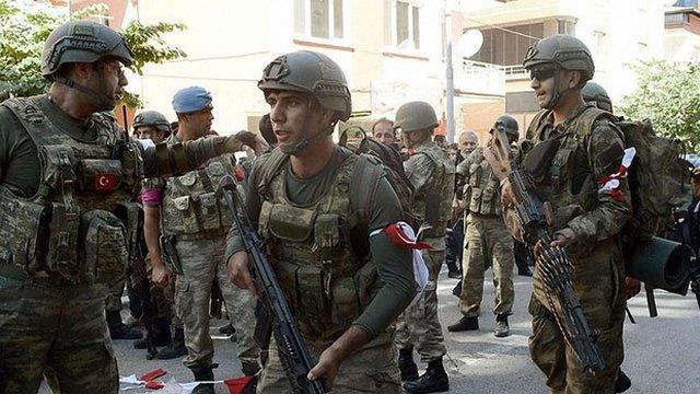 Командири бунтівних підрозділів в Туреччині запевняли солдат, що вони беруть участь у навчаннях