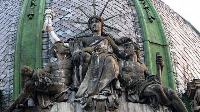 Львівську «статую Свободи» почали реставрувати