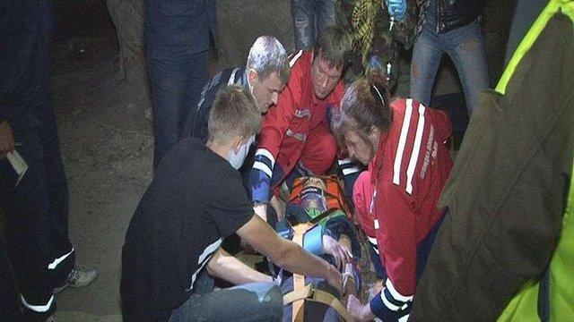 У лікарні помер юнак, який впав зі скелі у Винниках