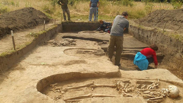Археологи на Львівщині виявили християнський цвинтар давньоруської доби