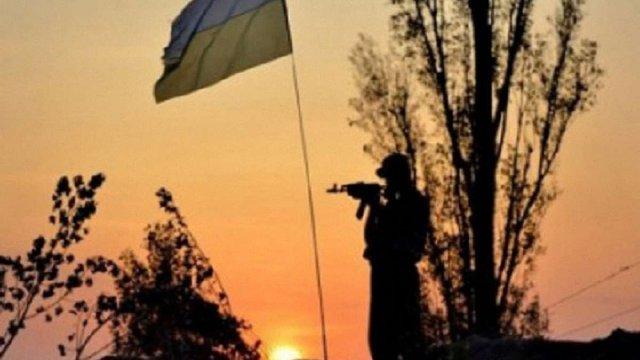 За добу в зоні АТО загинув український військовий
