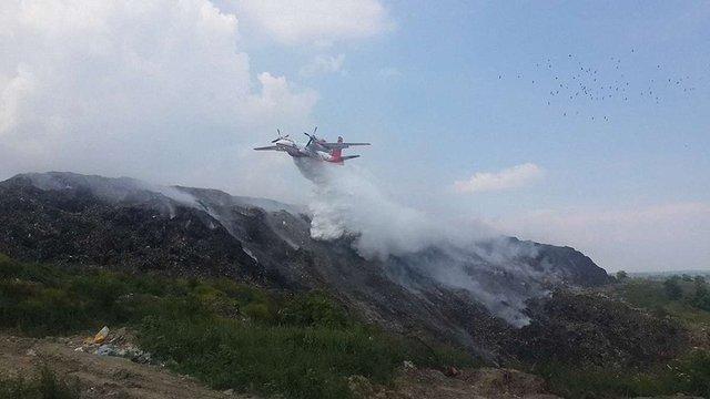 Правоохоронці допитали понад 600 осіб у справі про пожежу на Грибовицькому сміттєзвалищі