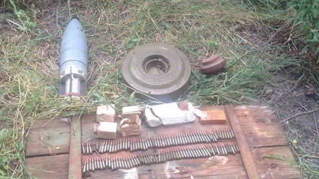 СБУ викрила схованку вибухівки, якою бойовики хотіли підірвати автошлях Сєвєродонецьк-Попасна