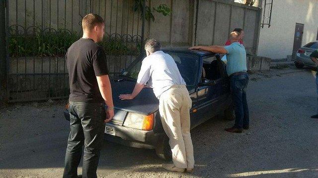 У Тернополі СБУ затримала двох податківців, які вимагали хабар у пів мільйона гривень