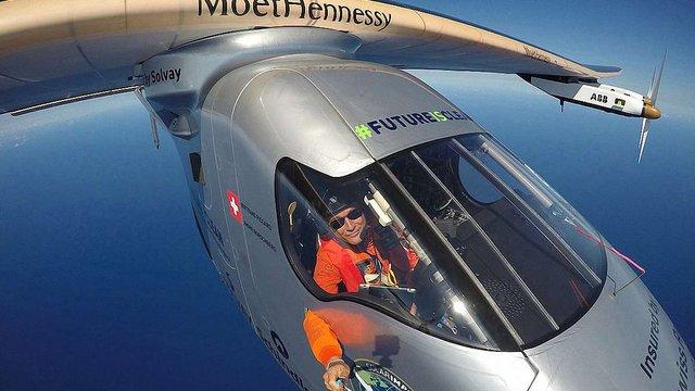 Літак Solar Impulse 2 сьогодні завершує свою кругосвітню подорож