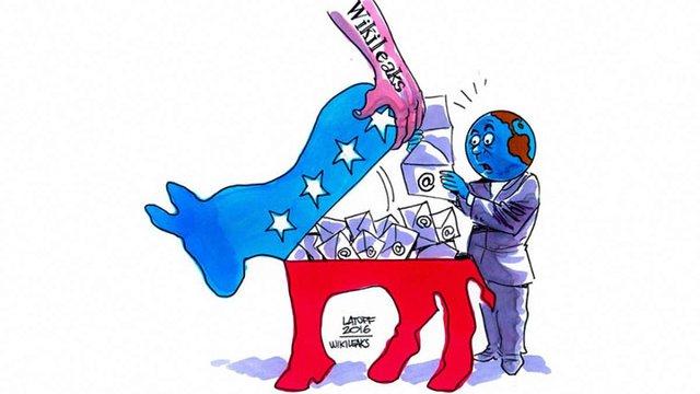 Штаб Клінтон підозрює Росію у зломі пошти Демократичної партії США
