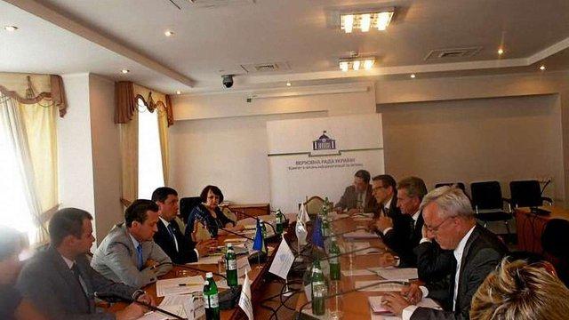 Кубів і Оттінгер обговорили етапи втілення в Україні цифрової спільноти з ЄС
