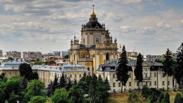 Кабмін доручив за чотири роки відреставрувати «Софію Київську» і Собор святого Юра у Львові