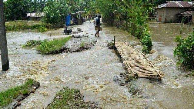 В Індії через повені евакуювали понад мільйон людей