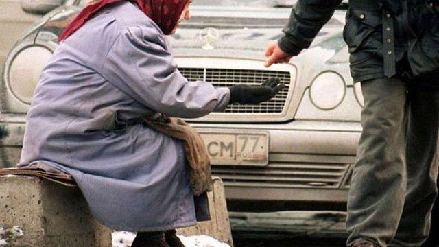 Близько 41% росіян бракує грошей на їжу, - соцопитування