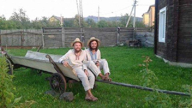 До Львова завітають мандрівники, які босоніж йдуть з Ужгорода до Харкова