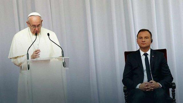 Папа Римський Франциск вперше прибув з душпастирським візитом до Польщі