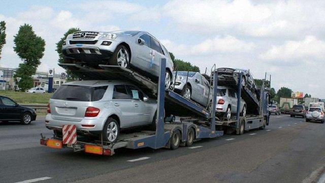 В Україні набув чинності закон про зниження акцизів на вживані автомобілі