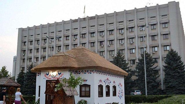 В Одесі зареєстрували перші шлюби в цілодобовій «хатинці одружень»