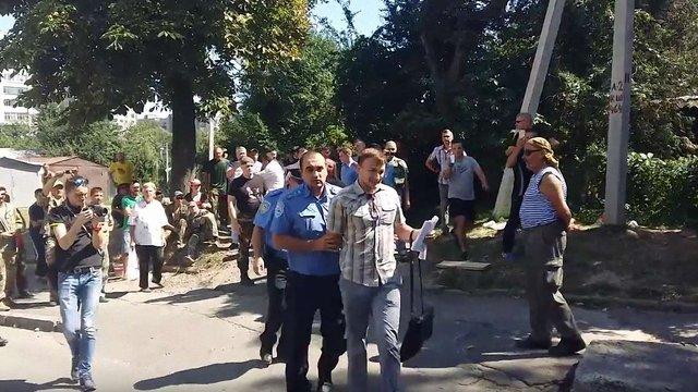 Юрист скандального забудовника напав на начальника відділу поліції Львова