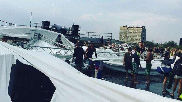 На фестивалі Z-Games під Одесою обвалилася сцена: є поранені