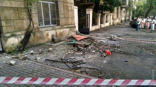 З будинку в центрі Одеси впали три балкони