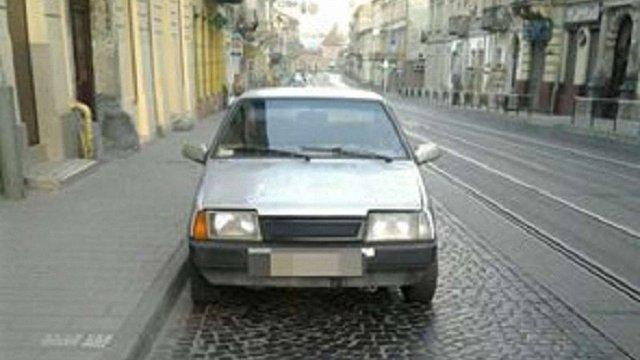 У Львові поліція дві ночі підряд зупиняла того самого водія «під кайфом»