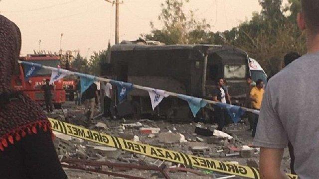 У Туреччині стався вибух біля лікарні: щонайменше 50 поранених