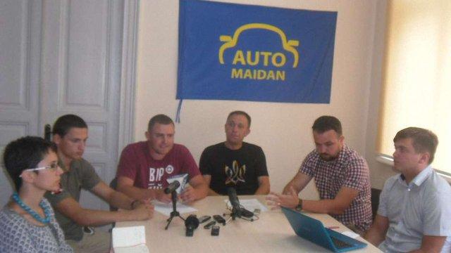 У Тернополі громадські активісти масово вийшли з атестаційних комісій поліції