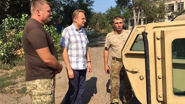 Мер Львова особисто супроводжував  у зону АТО вантаж для військових