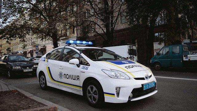 Поліція анонсувала масові перевірки на дорогах для пошуку крадених авто
