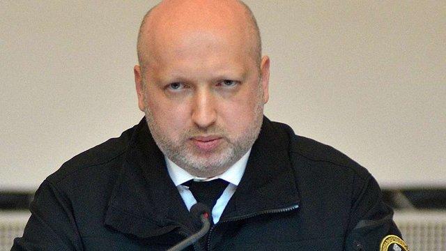Олександр Турчинов у Генпрокуратурі дав свідчення у справі про злочини проти Майдану
