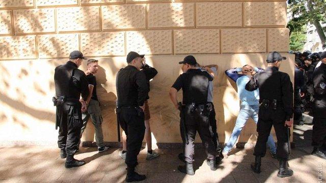 В Одесі пройшов міні-гей-парад, поліція затримала чотирьох противників акції