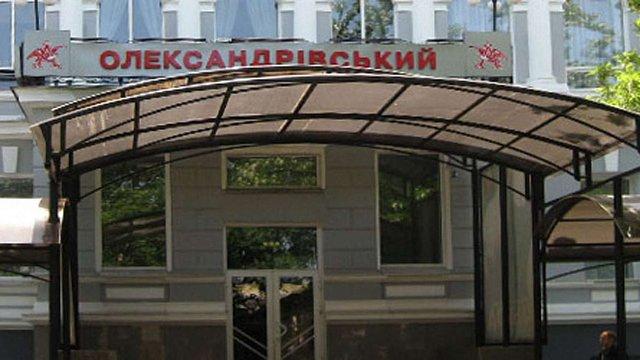 У Миколаєві чоловік отримав ножове поранення за критику майки із зображенням Путіна