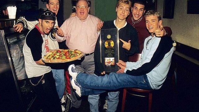 У США у в'язниці помер засновник групи Backstreet Boys