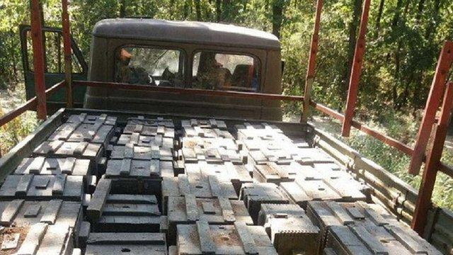 СБУ виявила схованку з 75 ящиками тротилу  поблизу Мар'їнки на Донеччині