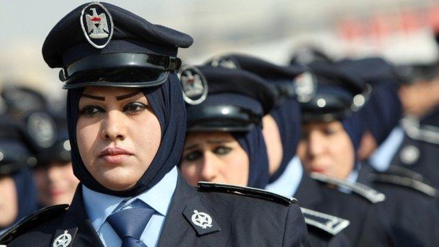 Турецьким жінкам-поліцейським дозволили носити хіджаб