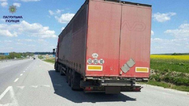 Львівська поліція за день оштрафувала майже 60 водіїв вантажівок