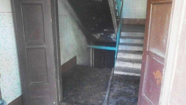 У Червонограді через пожежу евакуювали мешканців багатоповерхівки