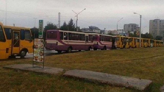 Через страйк водіїв львівська мерія та перевізники створять робочу групу