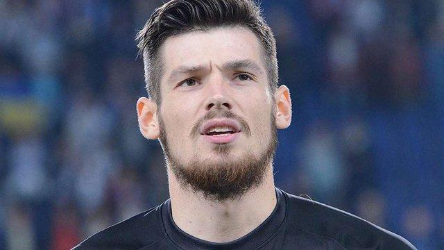 Іспанська «Малага» оголосила про трансфер воротаря збірної України