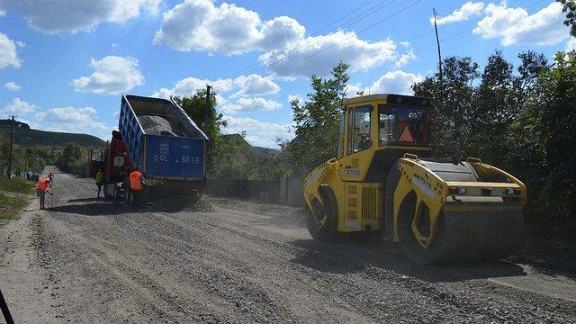 Дорогу Бережани-Брюховичі відремонтують до середини вересня