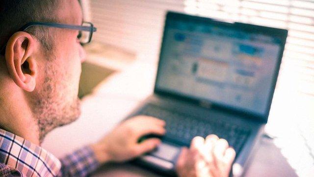 Безробітні в Україні зможуть навчатися на безкоштовних онлайн-курсах