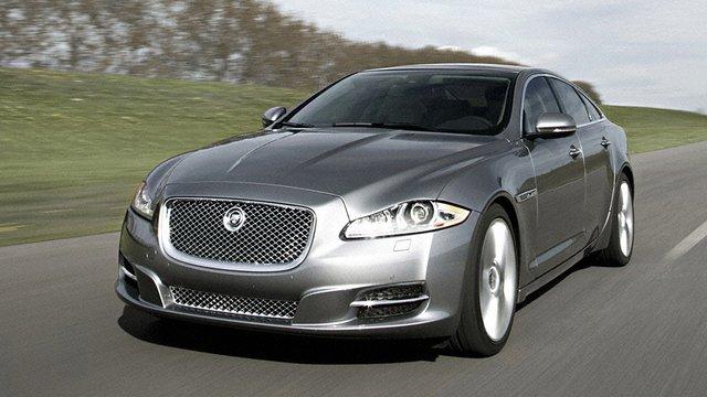 23-річний син нового керівника львівської митниці їздить на Jaguar XF