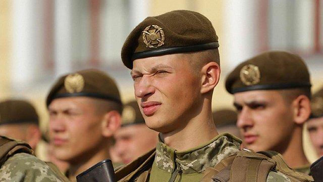 Першокурсники військової академії у Львові склали присягу на вірність Україні