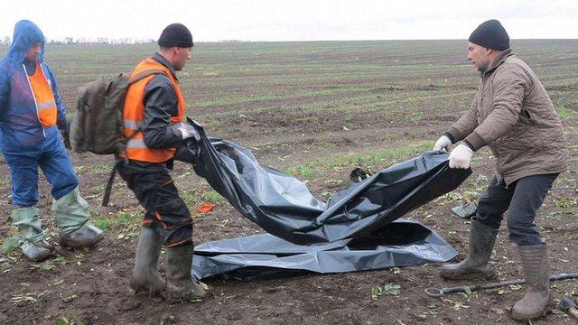 Волонтери вивезли з Донбасу 800 тіл загиблих за два роки