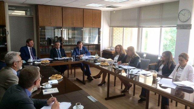 Україна і Кіпр спільно розслідуватимуть злочини чиновників режиму Януковича, - Луценко